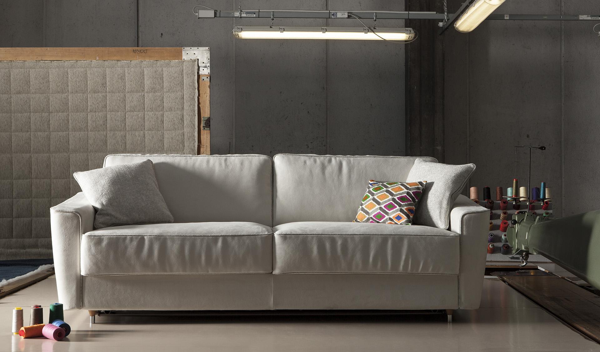 milano bedding divano letto petrucciani. Black Bedroom Furniture Sets. Home Design Ideas